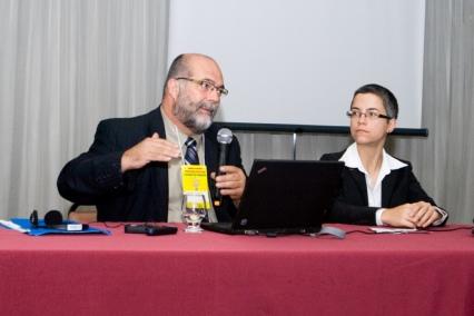 With Clermont Gauthier - Presidente do Comitê de Pesquisa do Canadá para Formação de Professores Universidade Laval